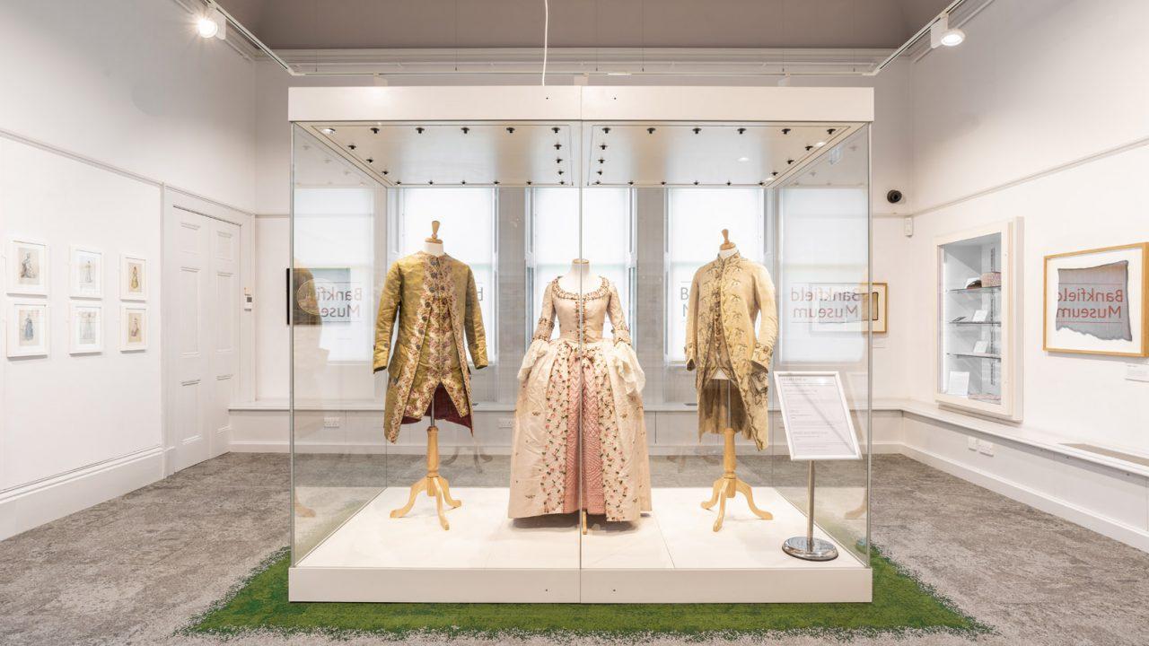 idea design bankfield museum fashion gallery 29