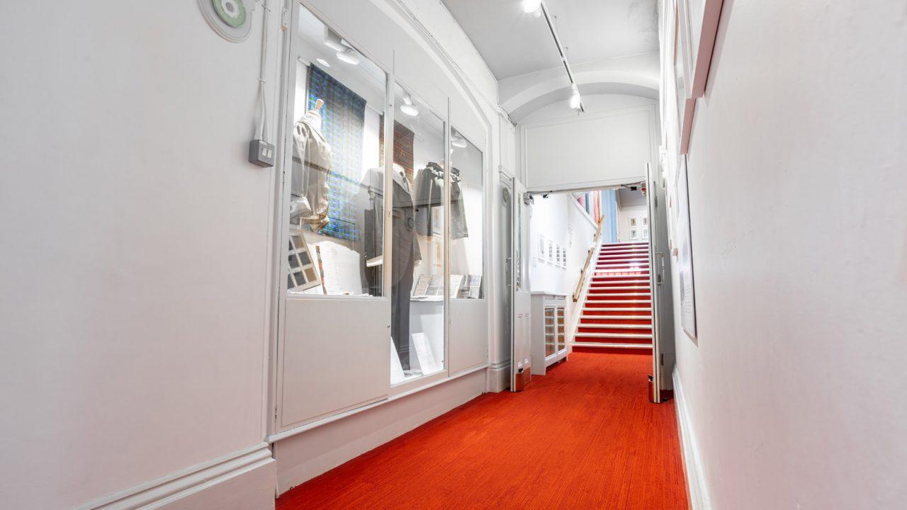 idea design bankfield museum fashion gallery 35