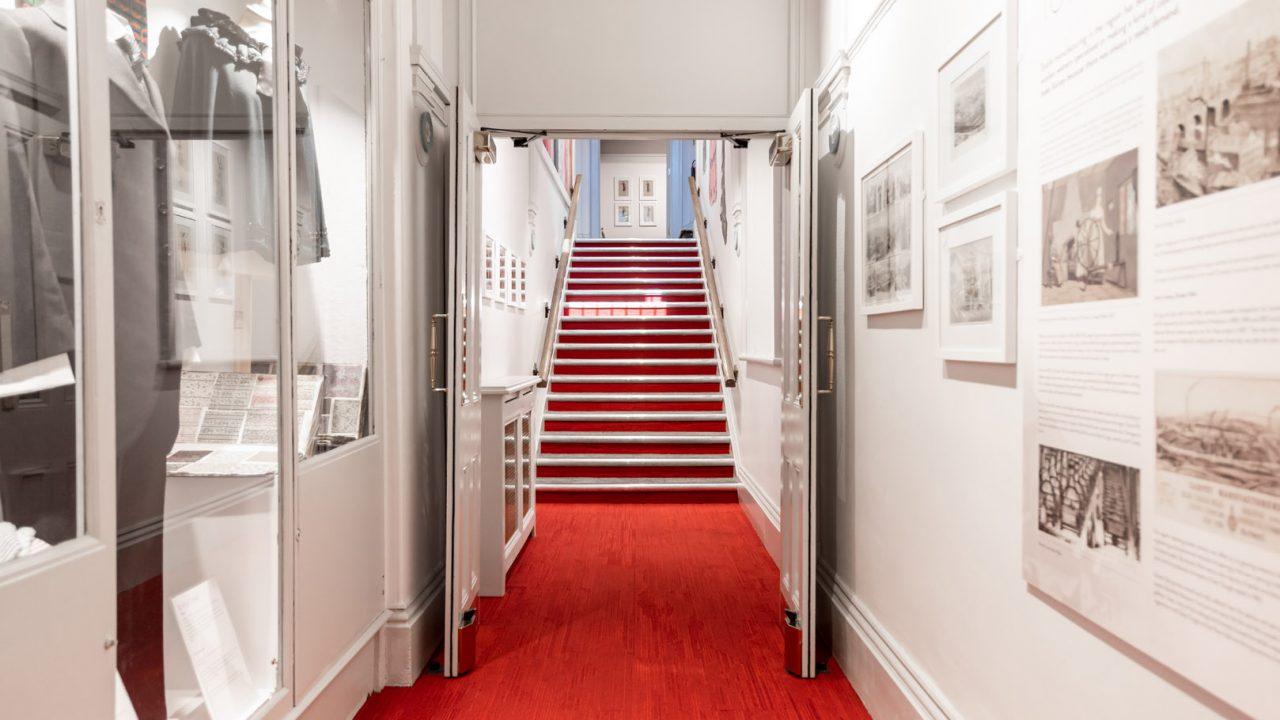 idea design bankfield museum fashion gallery 37
