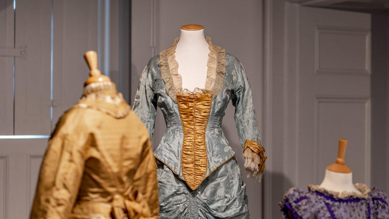 idea design bankfield museum fashion gallery 5